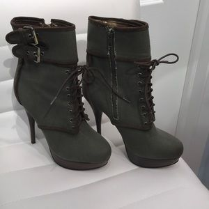 Bakers Heeled Boots-HunterGreen Canvas Chloe Style